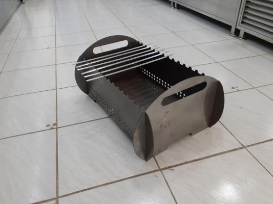 Мангал-гриль металлический сборно-разборный 580х350х280